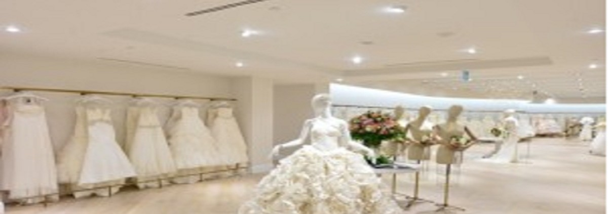 Kleinfeld_Bridal_Store_by_HBC_Store_Planning_Toronto_Canada_02-300x200